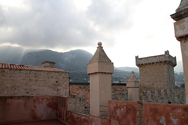 Carini Castle