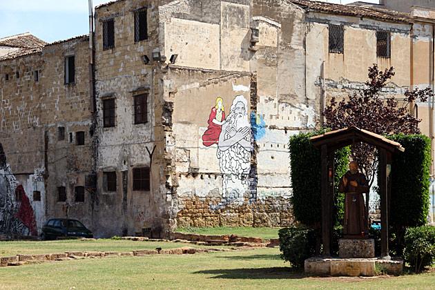 Weird Square Palermo